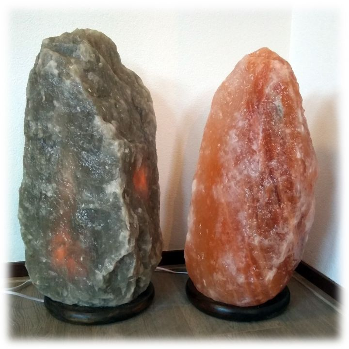 Set: Roze en zwart/grijze zoutlamp (41 & 44kg)