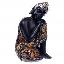 Slapende Boeddha met luxe gewaad